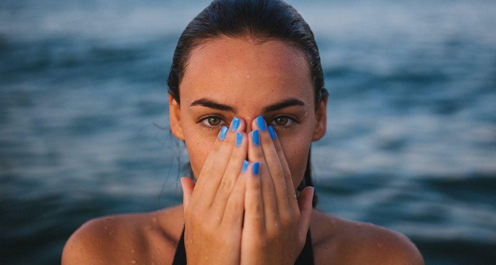 beach-bikini-blur-1797375